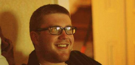 Indie filmmaker, co-creator of Humdrum, Connor Webb talks about his dark comedy
